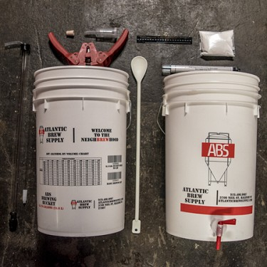 Basic Homebrew Equipment Kit for 5 Gallons of Beer (Bucket)